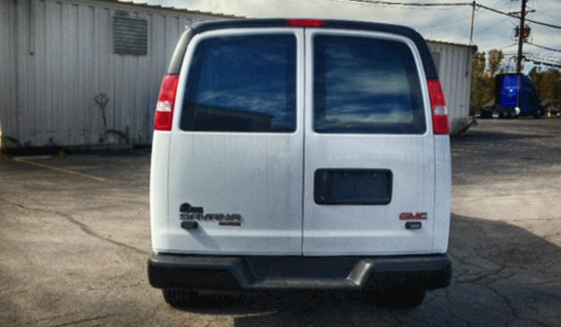 Law Enforcement: Raid Van-GMC full