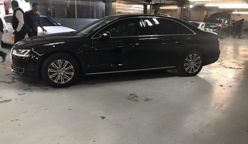 TAG 2015 Armored Audi A8 (VR9) Side