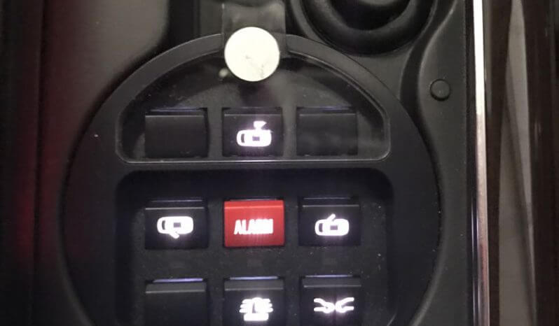 TAG 2015 Armored Audi A8 (VR9) Alarm Buttons