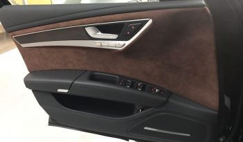 TAG 2015 Armored Audi A8 (VR9) Door Panel