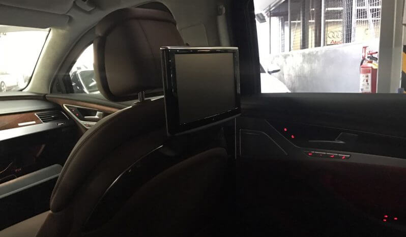 TAG 2015 Armored Audi A8 (VR9) TV Headrest