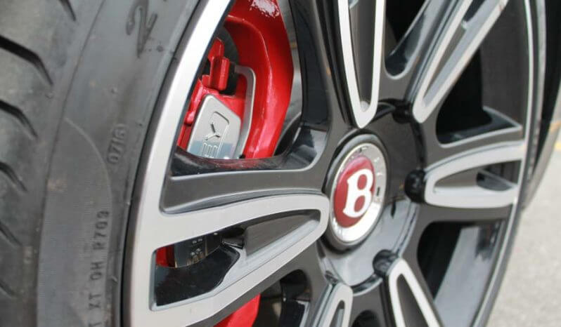 Picture of run-flat tire system on armored Bentley Flying Spur Series sedan