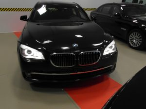 TAG 2011 BMW 7 Black pre-owned 2011 armored BMW 7 sedan picture