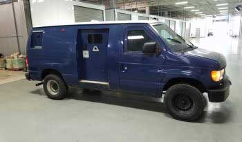 Blue pre-owned 1999 Ford E250 cash-in-transit armored van picture