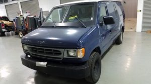 TAG 1999 Ford E250 Front Driver Corner View