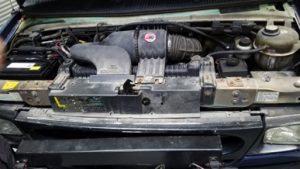 TAG 2002 Ford E250 Engine