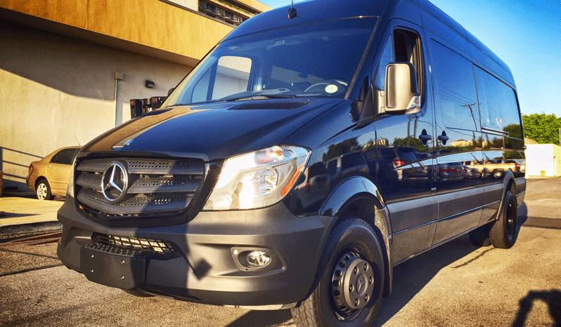 Black non-armored Mercedes-Benz law enforcement raid and warrant van picture