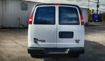 Law Enforcement: Raid Van-GMC full