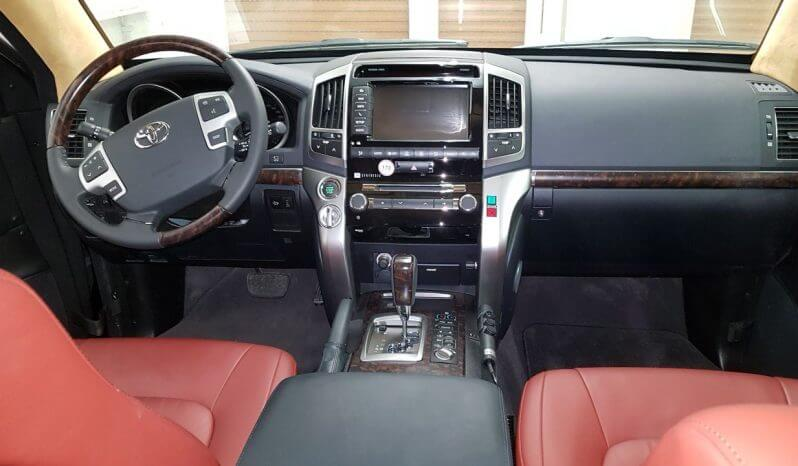 TAG 2014 Armored Toyota Land Cruiser (TLC) 200 Front Dashboard