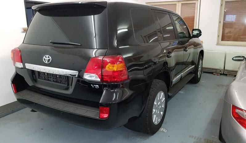 TAG 2014 Armored Toyota Land Cruiser (TLC) 200 Rear Corner View