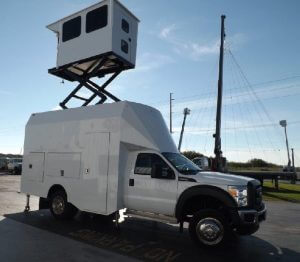 TAG Terrahawk Mobile Surveillance Tower Lift Supreme Lift 025 Side