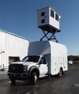 TAG Terrahawk Mobile Surveillance Tower Lift Supreme Lift 025 Exterior Corner View