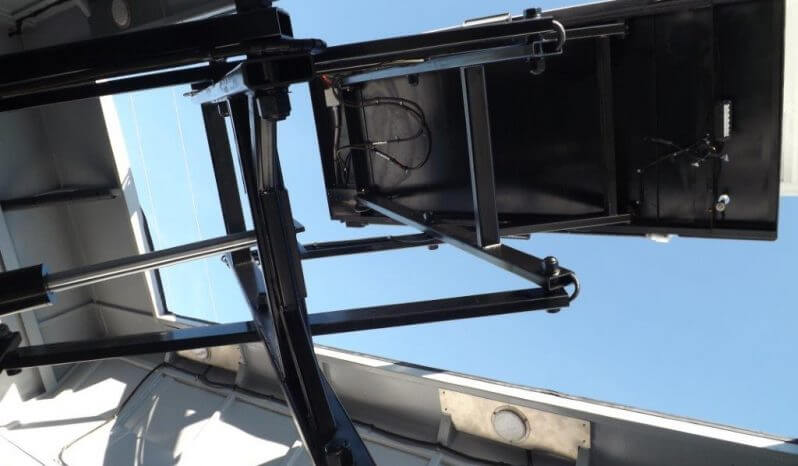 Terrahawk Mobile Surveillance Tower Lift The Armored Group